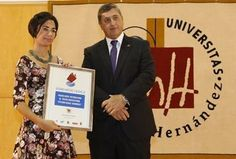 Joven poetisa cubana gana Premio Novel Internacional de Poesía Universitaria