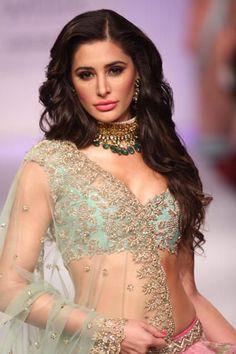 Nargis fakhri, Nargis fakhri makeup, bollywood celebrity, Nargis fakhri…