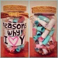 44 Easy DIY Gift Ideas That Everyone Will Love