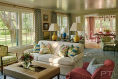 Designer Phillip Thomas Spruces Up a Family's Longtime Summer Home - StarkRug, Sofa in Clarence House OD Oasis Formal Living Rooms, Living Room Decor, Phillip Thomas, Family Room Decorating, Decorating Ideas, Decor Ideas, Clarence House, European Home Decor, House Layouts