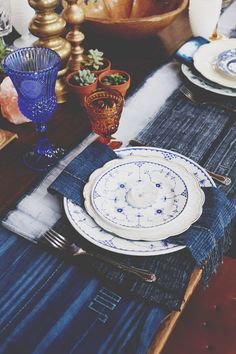 Vintage Tabletop Decor to Inspire Wedding Day Magic | Free People Blog #freepeople