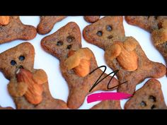 YouTube Cookies, Desserts, Youtube, Food, Crack Crackers, Tailgate Desserts, Deserts, Biscuits, Essen