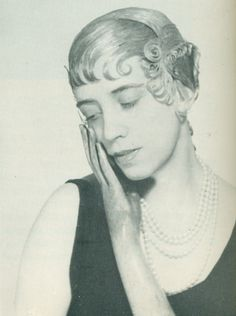 Man Ray, Elsa Schiaparelli, 1932