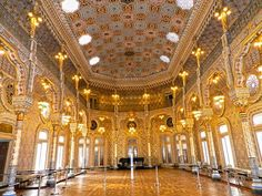 The Stock Exchange Palace of Porto & Its Magnificent Arabic Room - Place you must see before you die! Porto City, Regions Of Europe, Baltic Region, Portugal Holidays, Porto Portugal, Southern Europe, Cheap Hotels, World Heritage Sites, The Places Youll Go