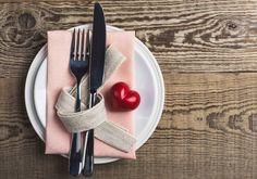 Day art Restaurants: where to dine on Valentines Day - Restaurants : o dner le soir de la Saint Valentin Elle Restaurants: where to dine on Valentines Day - Valentines Day Food, Valentines Day Decorations, Valentine Nails, Romantic Dinner For Two, Romantic Meals, Romantic Night, Romantic Food, Valentine's Menu Ideas, Dinner Ideas