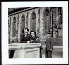 M686 SMILING LADIES IN MILITARY UNIFORMS POSING OLD Vintage Photo/Snapshot