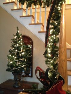 Decor Amore: Holiday Decorations in my Home