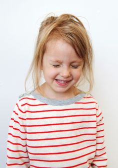Super soft (as always with FUB) organic cotton boatneck jumper in classic stripes with button detail on the shoulders. Really versatile jumper that would look great with pants or a skirt. Spring Outfits, Girl Outfits, Spring Summer 2015, Boat Neck, Beautiful Outfits, Organic Cotton, Looks Great, Jumper, Kids Fashion