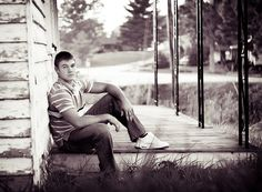 Senior Picture Ideas for Guys | Senior Photography