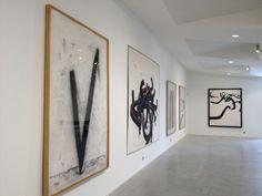 Bernar Venet - Guy Pieters Gallery