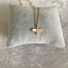 Get the best All Gold Bee Inspired Pendant only on Bee Necklace. Don't waste time and enhance your beauty with this wonderful piece of necklace.  #bumblebee #necklace #beenecklace #pendant #jewellery #bee #gold Pretty Necklaces, Silver Necklaces, Gold Necklace, Pendant Necklace, Bumble Bee Necklace, Aliexpress, Necklace Designs, Gold Pendant, Arrow Necklace