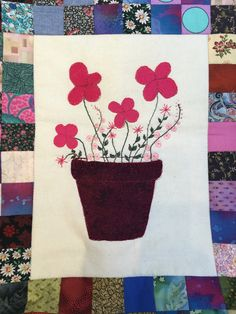 Disse fine blomster er syet af min kursist Inge Marie Jørgensen hos Speich Design i 2016.