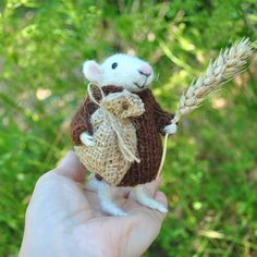 Wool mouse Needle felted mouse Miniature animal Felt mouse