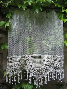 1000 images about bead curtains on pinterest beaded curtains bead curtain - Rideaux anciens dentelle ...