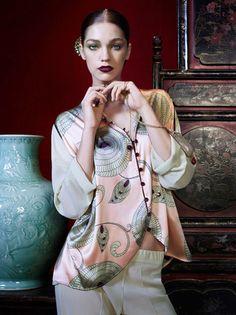 Lingerie that flatters sensual curves - La Perla   Winter 2013