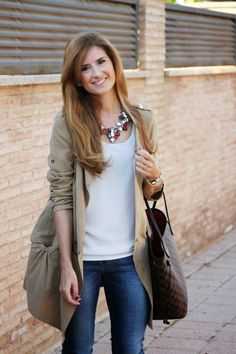 Outfits básicos fáciles de copiar   Icon Basic Outfits, Fall Outfits, Casual Outfits, Fashion Outfits, Womens Fashion, Never Full Bag, Suede Trench Coat, Street Style Looks, My Outfit