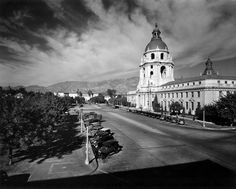 Pasadena's city hall, circa 1940. Part of the Dick Whittington Photography Collection in the USC Digital Library.