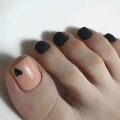 toe nail art designs, toe nail art summer, summer beach toe nails How to mix things up and put … Pretty Toe Nails, Cute Toe Nails, My Nails, Gel Toe Nails, Gel Nail, Gel Toes, Toe Nail Polish, Simple Toe Nails, Pretty Pedicures