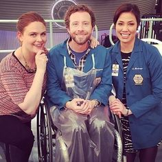 Brennan. Hodgins & Angela | Bones<<< Why is he in a wheelchair? <<< he was blown up and then later he was paralyzed by an aftereffect