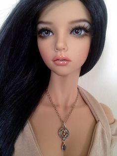 Iplehouse SID Mari in Realskin with Xtremedolls face-up. Dress by PamSD, necklace by cloud nine dolls. Beautiful Barbie Dolls, Pretty Dolls, Ooak Dolls, Blythe Dolls, Realistic Dolls, Barbie Fashionista, Polymer Clay Dolls, Doll Repaint, Custom Dolls