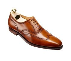 Handsome laced Oxford brogue men's shoe. A pair that compliments any outfit.  Follow us for daily tips on the best fashion for men.  _______________________________ . . .  @crockettandjones_official  #classydapper #simplydapper #dapperlydone #dappermen #dapperman #dapperedman #dapperstyle #dappered #dappertime #dapperscene #dappergent #dapperedmen #dapperlife #dapperdude #dappergents #menswears #menswearhouse #menswearblogger #beautifulmenswear #menswearblog #dapperfashion #staydapper…