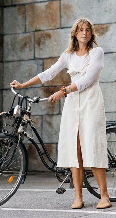 Jill Stuart dress and Céline shoes