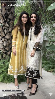 Pakistani Party Wear Dresses, Simple Pakistani Dresses, Pakistani Fashion Casual, Pakistani Wedding Outfits, Pakistani Dress Design, Stylish Dress Designs, Designs For Dresses, Stylish Dresses, Simple Dresses