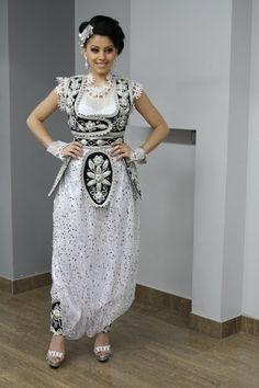 Kostume tradicionale shqiptare