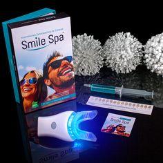 Das Home Bleaching Kit vom Smile Spa enthält alles was man für eine Zahnaufhellung daheim benötigt. © www.smilespa.at