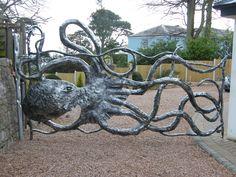 amazing octopus gate http://paulgilbert-blacksmith.co.uk/devon-blacksmith/Large/Large%20New/Gate_wide/wrought-iron_gates-007.jpg