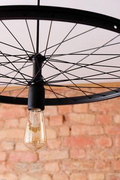 Hängelampen - Schwarz matt Fahrrad Rad Pendelleuchte - ein Designerstück von Good-Lights bei DaWanda