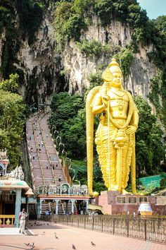 My two-week Malaysia itinerary covers colonial cities like Penang and Melaka, cosmopolitan Kuala Lumpur and the chilled-out Cameron Highlands.