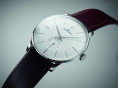 JUNGHANS Meister Handaufzug - Seit 1936 steht das Prädikat Meister für den klassischen Uhrenbau bei Junghans. Dieser Tradition folgend entstehen die heutigen Meister Uhren durch Leidenschaft für Präzision und ausgeprägtes Qualitätsbewusstsein. #Junghans #JunghansGermany #Uhr #Watch