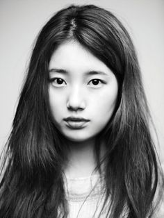 Which Female Korean Entertainment Celebrity Looks Best in Black and White? | Koogle TV