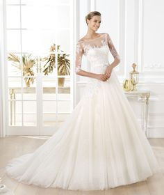 10 Pronovias 2014 Wedding Dresses with Sleeves