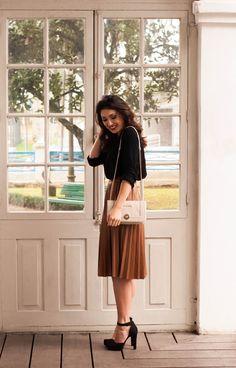 Summer work style | pleated skirt | @suisantana