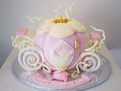 carriage cake - because I know planning a princess birthday party is somewhere in my future. Crazy Cakes, Cupcakes, Cupcake Cakes, Fruit Cakes, Food Kawaii, Carriage Cake, Pumpkin Carriage, Cinderella Birthday, Princess Birthday