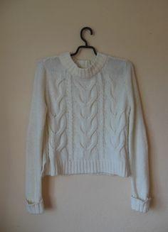 Kup mój przedmiot na #vintedpl http://www.vinted.pl/damska-odziez/bluzy-i-swetry-inne/11291905-topshop-bialy-waniliowy-sweter-z-latami-42-40