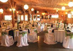Salle de réception pour mariage Service A Domicile, Table Decorations, Furniture, Home Decor, Meal Prep, Family Meals, Cabin, Sugar, Weddings