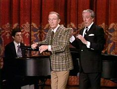 Bing Crosby, Ray Bolger, and Marvin Hamlisch in The Tonight Show Starring Johnny Carson Here's Johnny, Johnny Carson, Ray Bolger, Bing Crosby, Tonight Show, Figure Drawings, Stars, Figure Drawing, Sterne