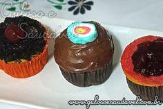 Para o #lanche do halloween temos deliciosos e super fofinhos Cupcake de Baunilha no Liquidificador!  #Receita aqui: http://www.gulosoesaudavel.com.br/2011/11/01/cupcake-de-baunilha-no-liquidificador/