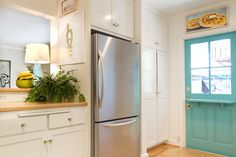 California Cottage - beach style - kitchen - los angeles - Charmean Neithart Interiors, LLC.