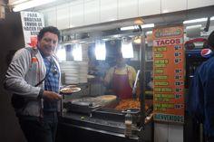 Centro Historico Frente al Parque Rojo & Tren Ligero de Juarez en Ciudad De Guadalajara, Disfrutando de unos buenos Tacos Muy recomendados  Jal, Mex. 2013