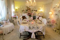 Penny's Vintage Home: French Tablescape