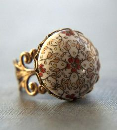 AUTUMN NIGHT RING @Rachel Campo   Thought of u when I saw this!  :-)
