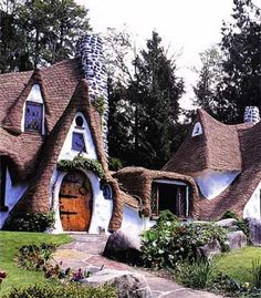 I really would be in heaven if I could have a house like this.
