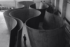 Richard Serra http://www.moma.org/explore/multimedia/videos/14/151