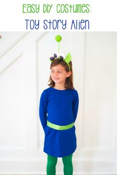 Easy DIY Toy Story Costumes: diy Buzz lightyear costume, diy slinky dog costume, diy Bo Peep, DIY toy story alien and DIY Woody costume. All no sew toy story costumes, costume ideas for Mickey's Not So Scary Halloween party Toy Story Alien Costume, Woody Costume, Buzz Lightyear Costume, Toy Story Costumes, Halloween Photos, Halloween Party, Scary Halloween, Halloween 2019, Easy Diy Costumes