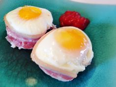 Egg and bacon breakfast cups - perfect for the paleo lover!