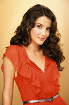 Robin Scherbatsky- the most awesome woman ever! Robin Scherbatsky, Maria Hill, Cobie Smulders, Gorgeous Women, Beautiful People, Canadian Actresses, How I Met Your Mother, Famous Women, Beautiful Actresses